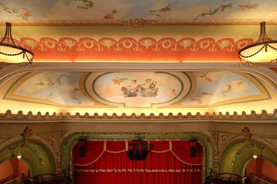 Colonial Theater 5